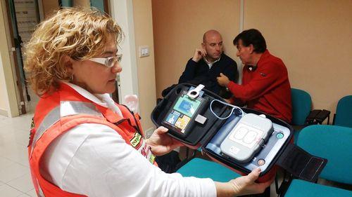 Defibrillatore semiautomatico per sedi guardia medica