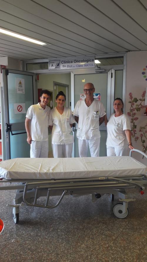181010_cral-asl-chieti_donazione-barella-oncologia-2